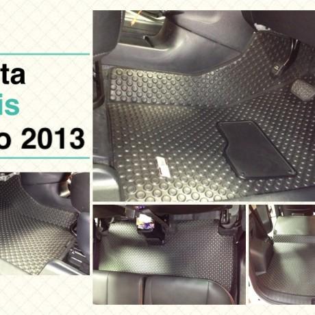 全Fit位馬來西亞橡膠地氈 - Toyota Ractis Verso 2013